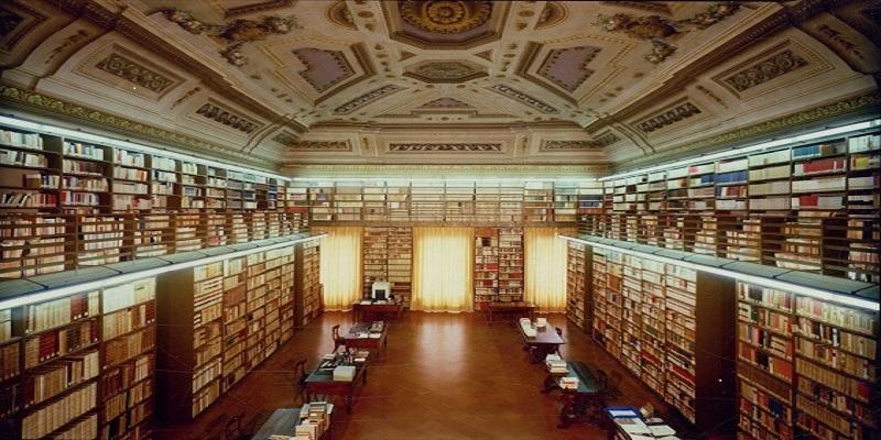 L'immagine rappresenta gli interni dell'Accademia della Crusca