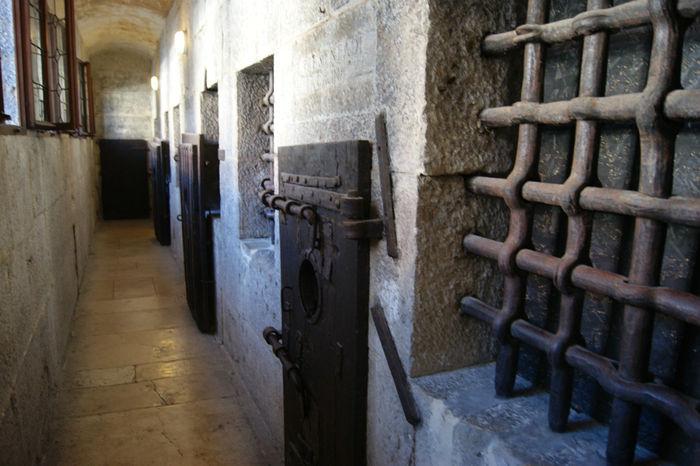 L'immagine rappresenta la prigione dei Piombi a Venezia