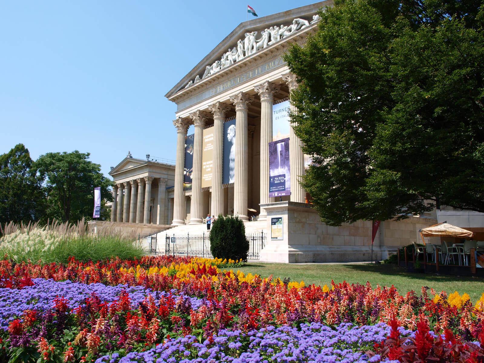 Il Diritto perfetto - Il Museo di belle arti di Budapest